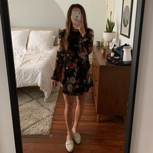 Floral long sleeve Urban Outfitters dress sz small